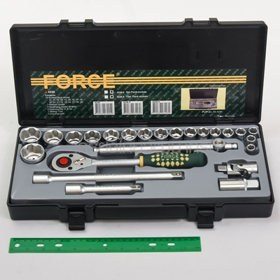 4246 24PC SOCKET SET